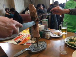 シュラスコ食べ放題という肉祭りに参加。普段そんなに食べないよ、というぐらい肉を食べた…