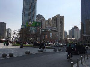そして上海の繁華街・徐家匯に到着。この後、デパ地下巡りをして空港に戻りました