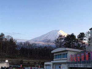 富士北麓公園のトラックから眺める富士山も美しかったんだけどね…